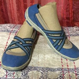 b.o.c. Blue sueded shoes